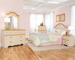 Princess Bedroom Decor Creative Decorating Princess Bedroom Set The Better Bedrooms