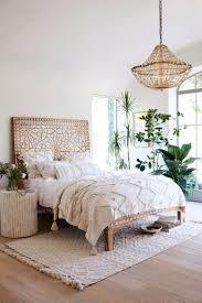 Master Bedrooms With Breathtaking Chandeliers Master Bedroom Ideas