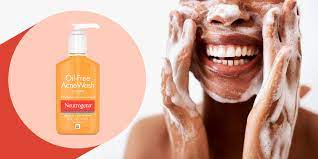 Treating dry skin acne can be challenging without expert guidance. The Best Skin Care Products For Acne Prone Skin According To Dermatologists