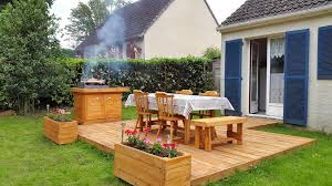 Pallet Home Bbq Feasting Deck Made Of Pallets Diy