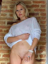 Over Mature Pics Nude Women Gallery