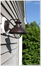 how to paint a rusted outdoor light fixture