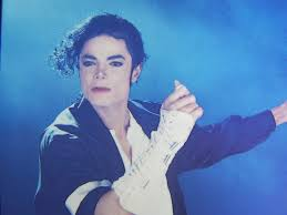 student essays on black or white pt allforloveblog  michael was an amazing individual he also had the sweetest voice