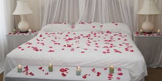 Wedding Bedroom Decorations Bed And Candles Florists Romantic Cles Roses But Decor Romantic