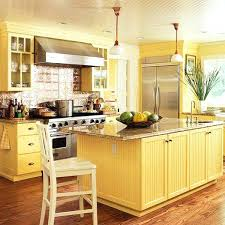 good paint colors for kitchen ery yellow kitchen cabinets best paint colors to go with cherry kitchen cabinets