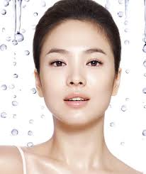 another korean beauty requirement is mul g that super shiny almost wet looking plexion but don t go overboard and look as one korean woman put