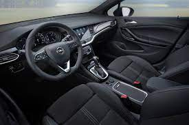 Opel Astra - Runde frei für das Facelift - NewCarz.de