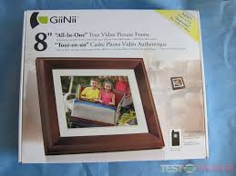 opening the box we find the giinii picture frame remote control mini usb cable ac power cord along with a packet containing the user manual