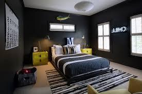 Bedroom Decorating  Black Painted Wall White Ceiling Beige Carpet - Beige and black bedroom
