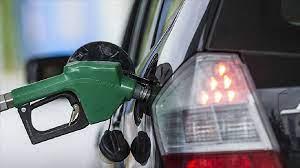 Almanya'da rekor kıran akaryakıt fiyatları, sürücüleri Çekya'daki benzin  istasyonlarına yöneltiyor - 19.10.2021, Sputnik Türkiye