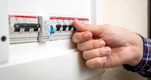 what to do if your fuse box trips? endesa clientes  at Do You Have To Reprogram A Fuse Box