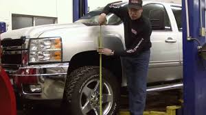 Maxx Cam Torsion Bar Leveling Kit Install Chevy 2500 - YouTube