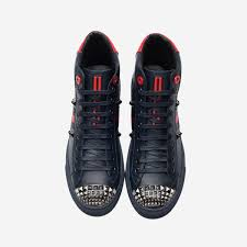 of sports shoes high top black