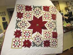 895 best Holiday Quilts images on Pinterest   Crafts, DIY and ... & Christmas Quilt Adamdwight.com