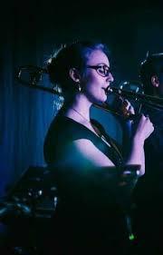 Rowena Smith - Photos - StarNow