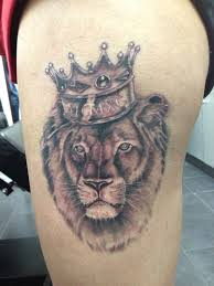 татуировки лев с короной фото тату мания тату лев с короной