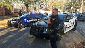 ccpd ccso morrow police apprehend robbery suspect after car chase through morrow