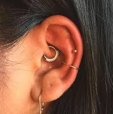 All Ear Piercings Chart La Ear Piercing Trend Star Constellation Jewelry Photos