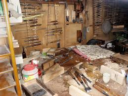 japanese woodworking workshop. the workshop of dai (plane body) maker isao inmoto. japanese woodworking