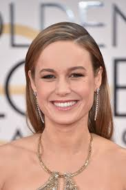 brie larson s shimmering makeup ruled the red carpet