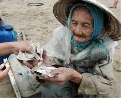 Image result for Hình ảnh người già tại Việt Nam