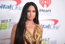 Demi Lovato Billboard Chart Demi Lovatos Sober About Relapsing Reenters Billboard
