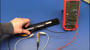 How to Test a <b>Laptop Battery</b> - Ec-Projects - YouTube