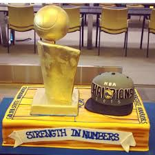 Round Table San Lorenzo Golden State Warriors Strength In Numbers Cake Gala Bakery San