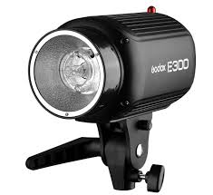 <b>GODOX</b> PHOTO EQUIPMENT CO.,LTD E Series Flash