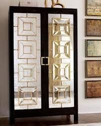 mirror armoire. mirror armoire