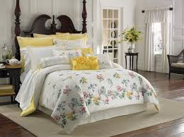 gray and yellow flowers comforters