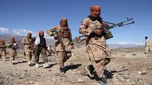"""طالبان"""" تعلن السيطرة على معبر حدودي هام مع باكستان"""