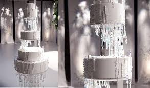 chandelier wedding cake as featured in andthe city by ron ben israel wedding cakes
