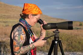 sometimes binoculars just don t cut it they re splendid when birds are nearby but when you re after a glimpse of sbirds pecking along a distant