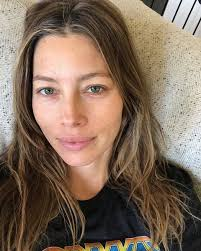 stars without makeup 41052387 210426096324664 2831580492962356406 n
