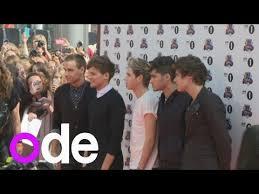 One Direction Make Us Chart History Boys Thank Dedicated