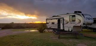 Grand Design Reflection Half Ton Towable Before Buying A Half Ton Towable 5th Wheel Read This