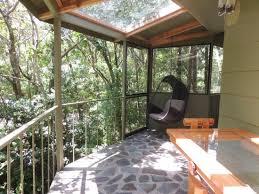 Hidden Canopy TreehousesThe Canopy Treehouses