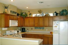 decorating above kitchen cabinets. Quel Mess! Decorating Above Kitchen Cabinets G