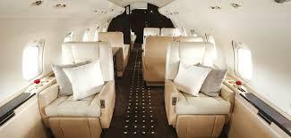 Vistajet Challenger 850 Undergoes Maintenance And