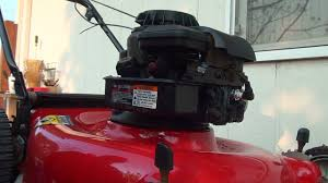 How to repair a Briggs and Stratton lawnmower fuel problem diaphragm ...