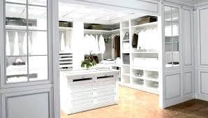 Master Bedroom Closet Dimensions Bedroom Walk In Closet Dimensions
