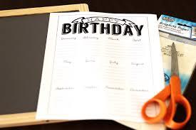 Birthday Calendar: Free Chalkboard Printable Tutorial