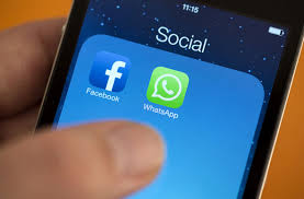 Click-to-WhatsApp messaging button rolled out by Facebook