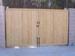 commercial wooden gate enclosure