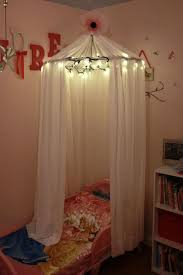 no sew DIY: Little Girls Bed Canopy with Lights I know a Special ...