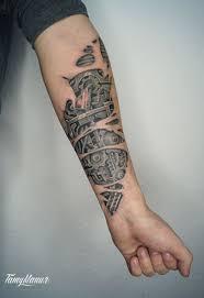 тату для мужчин на руке большого размера черно белые фото работ в