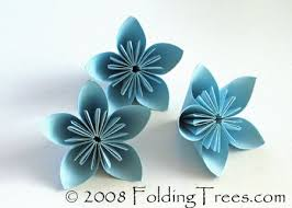 Flower Out Of Paper Diva Diy More Paper Flowers Crafts Pinterest Origami