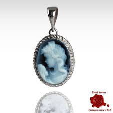 cameo only pendant sterling silver setting in the venetian style representing a sweet mommy with her baby blue cameo brooches pendants lockets 2252