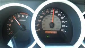 Toyota Tacoma acceleration: 4.0 vs 2.7 - YouTube